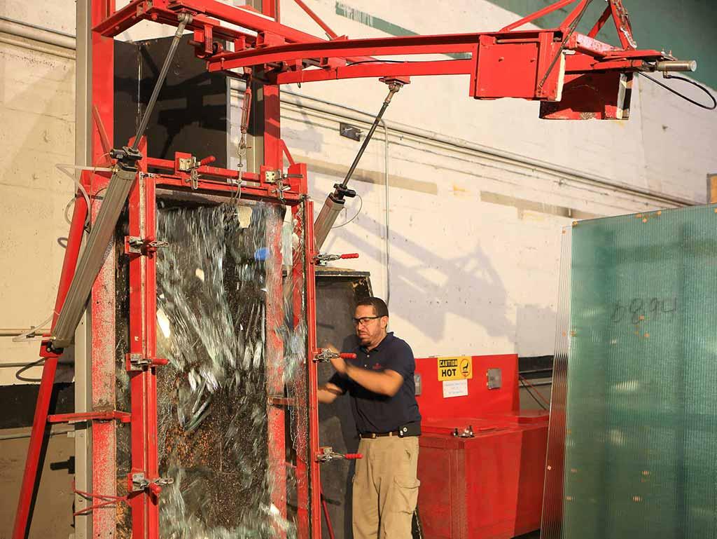 Glass Testing, Glass breaking